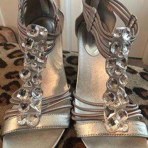 Silver wedge jeweled shoe